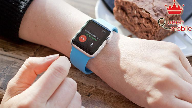 Đồng Hồ Thông Minh Apple Watch Series 3 GPS + Cellular Silver Aluminum Case With Fog Sport Band - Hàng Nhập Khẩu