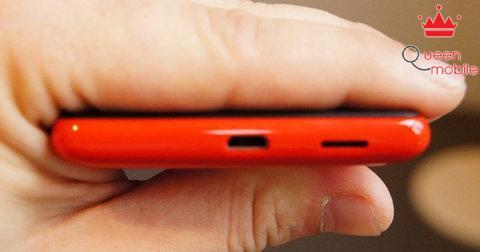 Nokia-Lumia-820-4-jpg_1346893347[1024083