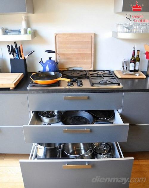 Hay sắm cho mình chiếc kệ bếp có tủ để dễ dàng cất trữ