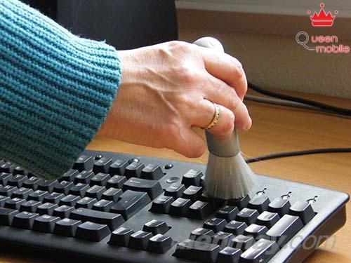 4 thao tác đơn giản cho bàn phím máy tính luôn sạch sẽ