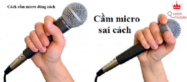 vị trí tay cầm micro phù hợp