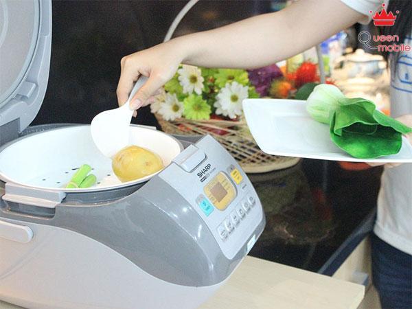 Hướng dẫn hấp thức ăn bằng nồi cơm điện tử
