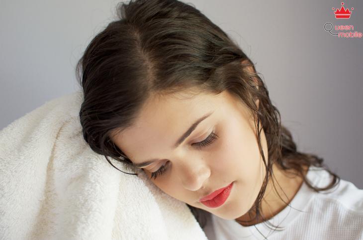 Cách sử dụng máy sấy tóc đúng cách, sấy tóc hiệu quả, nhanh chóng