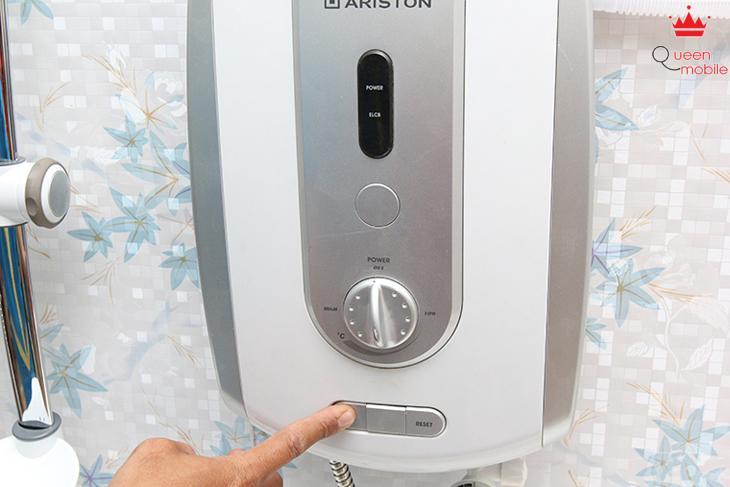 Kiểm tra CB chống giật ELCB trên máy có hoạt động hay không