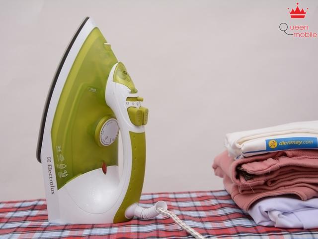 Cách chỉnh nhiệt độ và chế độ ủi ở bàn ủi hơi nước