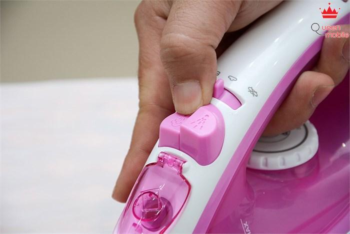 Bàn ủi hơi nước Philips GC1418 có chức năng phun hơi tăng cường
