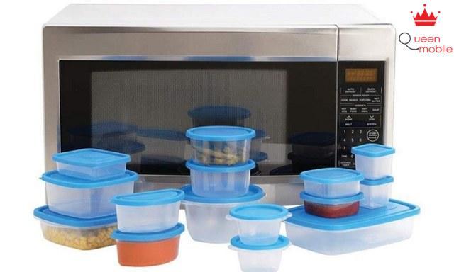 Những hộp đựng thực phẩm nào có thể dùng trong lò vi sóng?