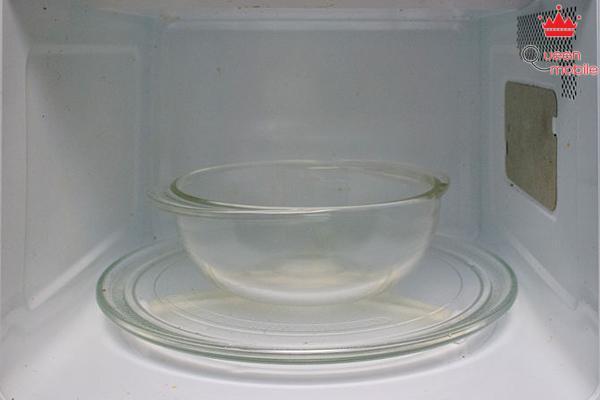 Cách làm trứng ốp la thật nhanh chóng bằng lò vi sóng