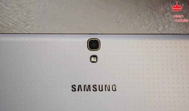 Camera sau 8MP của Samsung Galaxy Tab S 10.5
