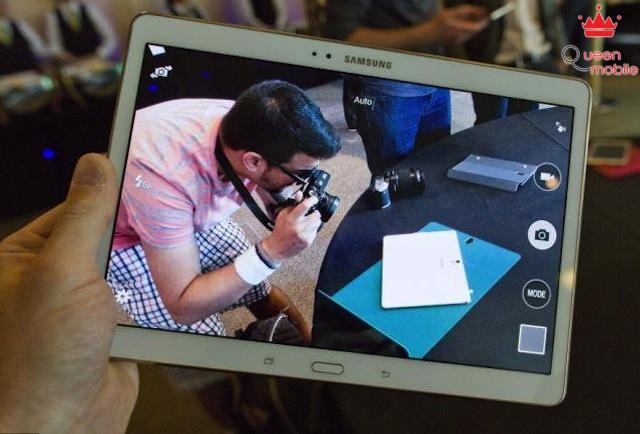 Giao diện camera như trên Galaxy Tab S 8.4