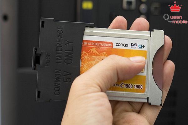 Khe cắm CAM module giúp bạn xem các gói chương trình có tính phí