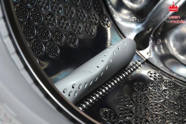 Lồng giặt làm bằng chất liệu thép không gỉ cao cấp