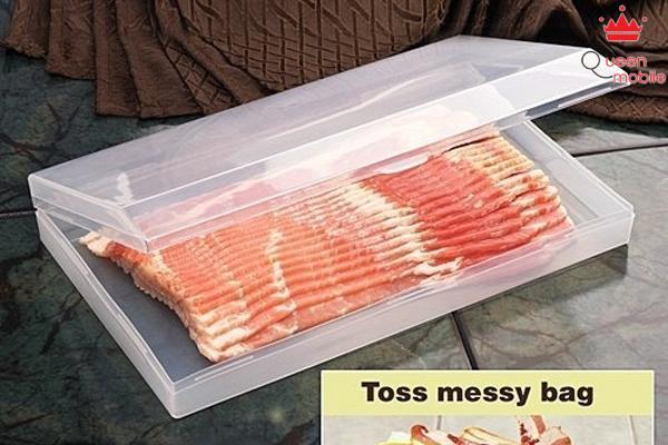 Giữ món thịt xông khói trong hộp đựng riêng