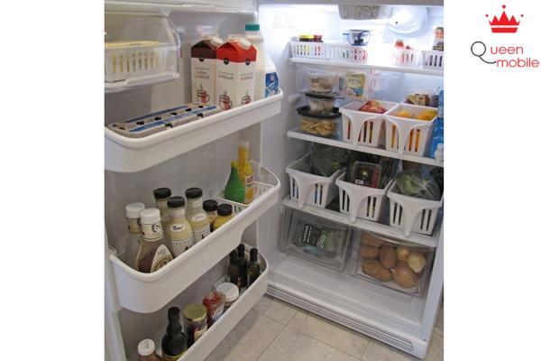 Thực phẩm không bị tràn ra xung quanh khi được cất trong các ngăn đựng
