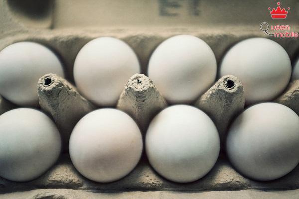 Trứng còn nguyên trong vỉ