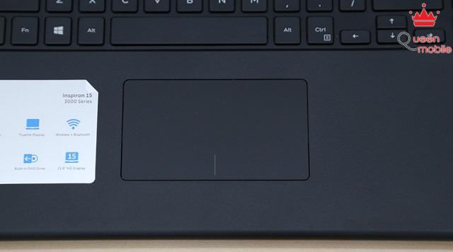 Bàn cảm ứng đơn giản trên Dell Inspiron 3542