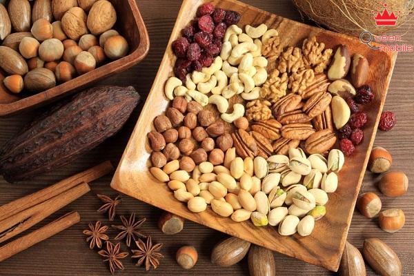 Các loại hạt chứa hàm lượng chất béo không bão hòa cao