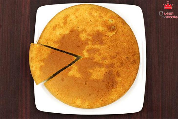 Ổ bánh bông lan tròn đều, vàng ươm, thơm ngon