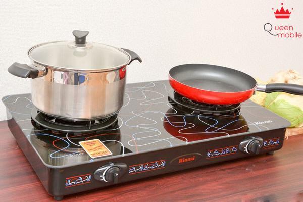 Dùng bếp đôi để tiết kiệm thời gian nấu nướng
