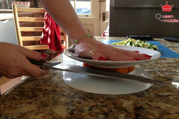 """Trở thành đầu bếp """"siêu hạng"""" nhờ 10 mẹo vặt đơn giản"""