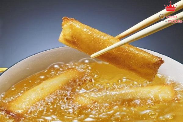 Tổn hại sức khỏe trầm trọng bởi việc tái sử dụng dầu ăn nhiều lần