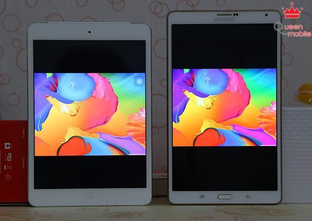 Hình nền đặc trưng của Samsung hiển thị nhạt hơn trên iPad