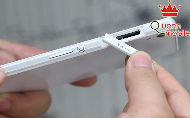 Khe cắm thẻ nhớ trên Sony Xperia Z2