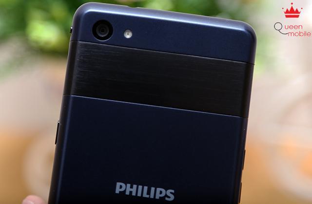 Camera 8MP cùng đèn flash LED trợ sáng