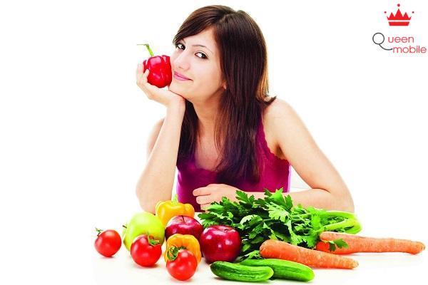 Ăn nhiều rau quả để bổ sung vitamin cho cơ thể