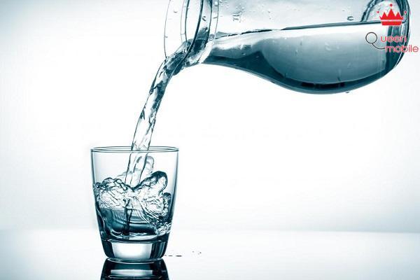 Uống nhiều nước giúp bạn sở hữu thân hình thon gọn