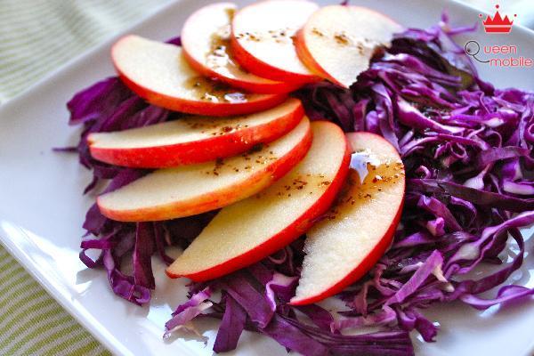Salad bắp cải tím là một món ăn thú vị và hấp dẫn
