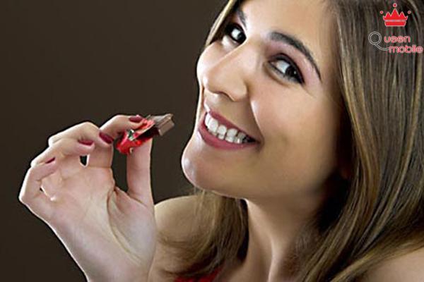 Ăn sô-cô-la giúp bạn có hàm răng đẹp