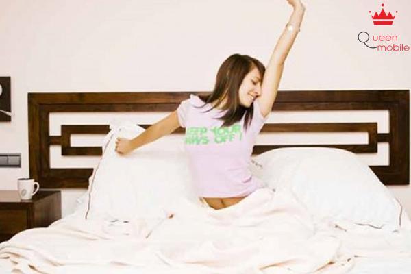 Mất ngủ gây ra căng thẳng và ngược lại