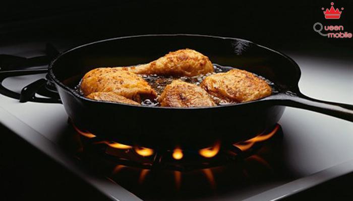 Đun nóng chảo chống dính ở nhiệt độ quá cao sẽ tạo ra lớp khói có chứa chất gây ung thư