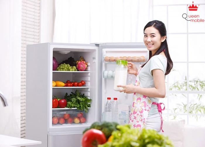 Cà chua nên hạn chế để vào tủ lạnh và lấy ra khỏi tủ lạnh 30 phút trước khi dùng