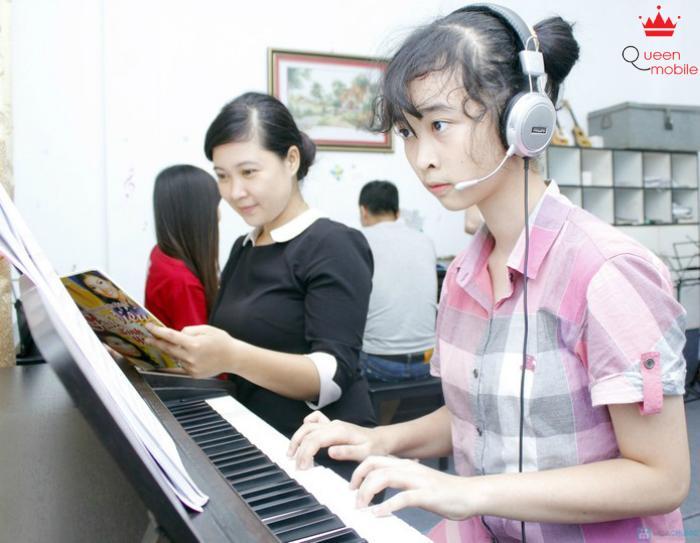 Tìm niềm vui từ lớp học nhạc cụ