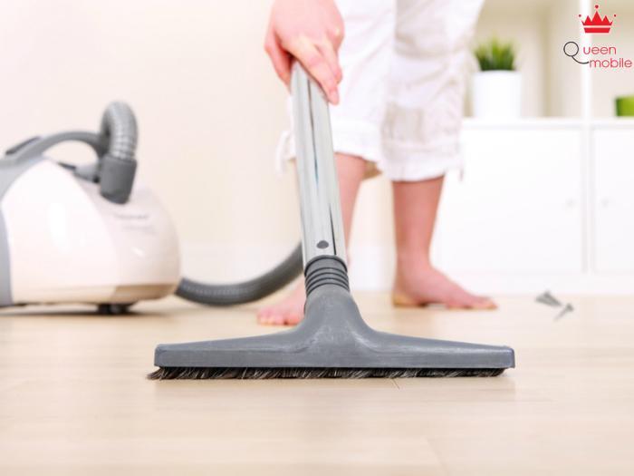 Máy hút bụi giúp bạn vệ sinh nhà cửa rất nhẹ nhàng