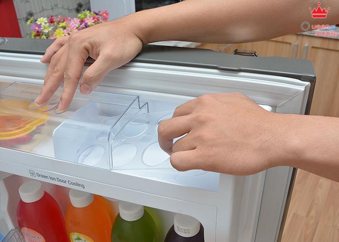 Khay đựng trứng hiện đại của tủ lạnh LG GR-L352S