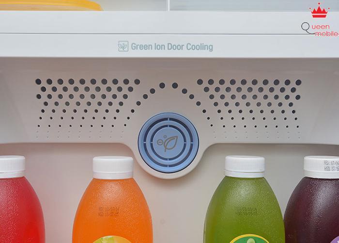 Công nghệ Green Ion Door Cooling giúp tủ lạnh luôn trong lành