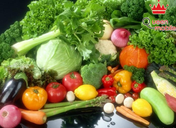 Ăn nhiều rau xanh để bổ sung vitamin A và C