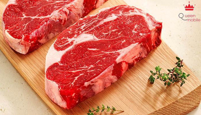 Với các món nướng nên lựa thịt có chút mỡ