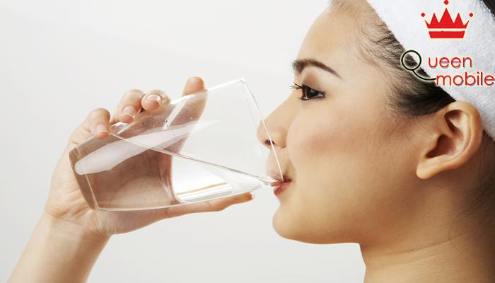 Cung cấp đủ nước để cơ thể khỏe mạnh và phòng bệnh tốt hơn