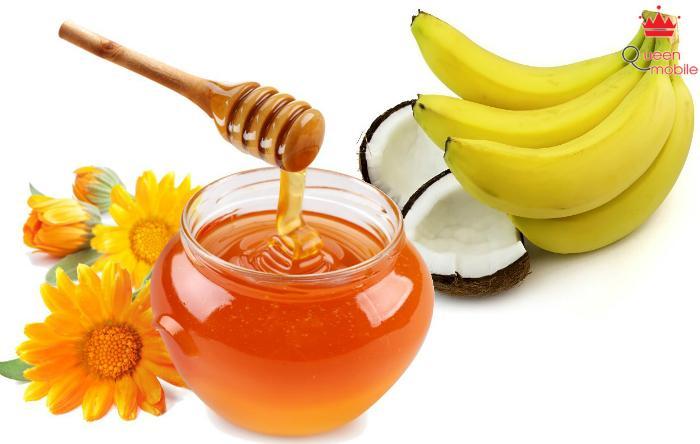 Hỗn hợp chuối và mật ong giúp phục hồi mái tóc bị khô
