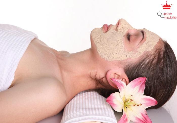 Đắp mặt nạ chuối 2 lần/tuần giúp da mặt được mịn màng và trắng sáng