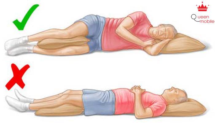 Nằm nghiêng mang lại hiệu quả trong việc hạn chế ngáy khi ngủ