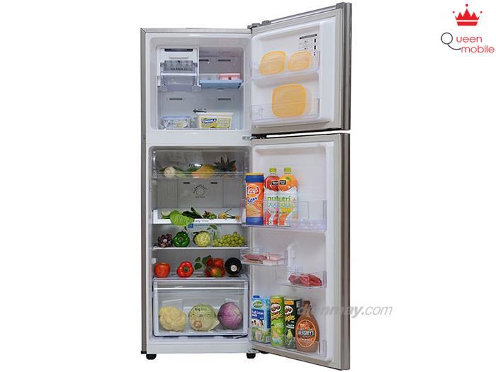 Tủ lạnh samsung RT22FARBDSA duy trì nhiệt độ ổn định, giữ ẩm tốt