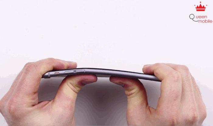 Chỉ 9 khách hàng phàn nàn việc iPhone 6 bị cong