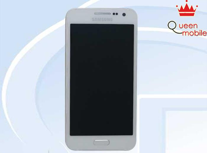 Samsung Galaxy A3 lộ ảnh thực tế tại Trung Quốc