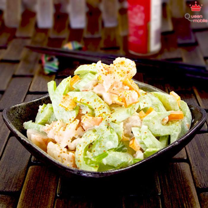 Salad trộn tôm cần tây vị ngon ngất ngây
