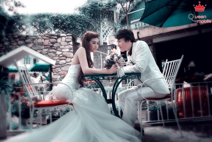 Nếu bạn ưa thích sự lãng mạn, có thể tìm không gian trong quán cà phê